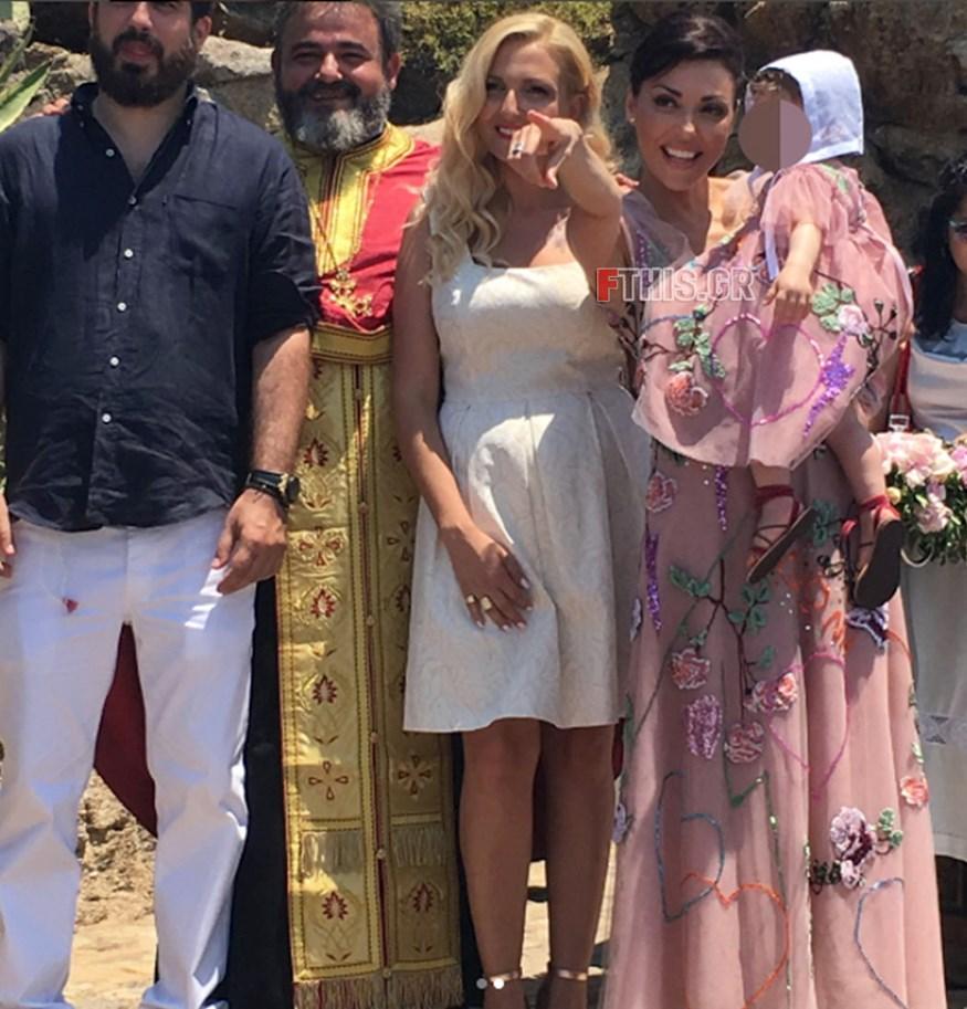 Σίσσυ Φειδά: Δείτε την εντυπωσιακή μπομπονιέρα από τη βάφτιση της κόρης της, Διώνης