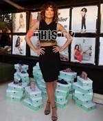 Η Μαίρη Συνατσάκη παρουσίασε τη νέα συλλογή παπουτσιών της!