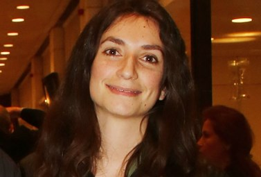 Είναι η σύντροφος πασίγνωστου Έλληνα τραγουδιστή!