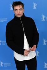Ο Robert Pattinson έρχεται στην Ελλάδα και αυτός είναι ο λόγος!