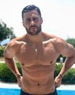 Ζηλεύεις το κορμί του Κωνσταντίνου Βασάλου; Αυτό είναι το μυστικό του που τον κρατά σταθερό στα 88 κιλά