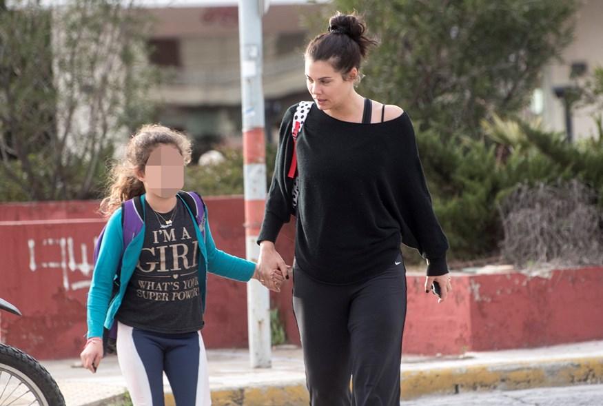 Η κόρη της Μαρίας Κορινθίου κρατάει μούτρα στη μαμά της! Δεν φαντάζεστε τι έκανε