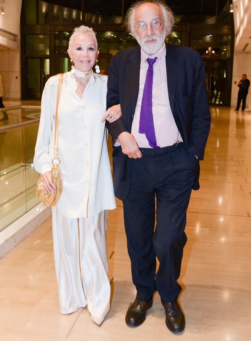 Ζωή Λάσκαρη: Αυτός είναι ο λόγος που δεν έχουμε δει ποτέ φωτογραφίες από τον γάμο της με τον Αλέξανδρο Λυκουρέζο!