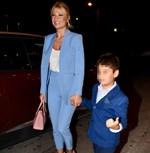 Paparazzi! Φαίη Σκορδά: Βραδινή έξοδος με τον μεγαλύτερο γιο της, Γιάννη!