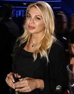 Κωνσταντίνα Σπυροπούλου: Eταιρία της ζητά δημόσια να εξοφλήσει ρούχο που κράτησε για ιδιωτική χρήση! (update)